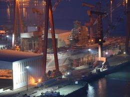 大连造船厂现场直播 中国央视首次报道001航母