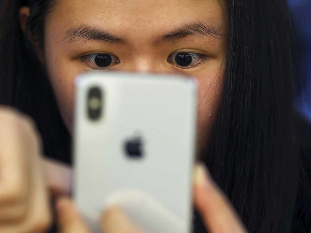 Does Smartphone Radiation Cause Cancer? Must Read